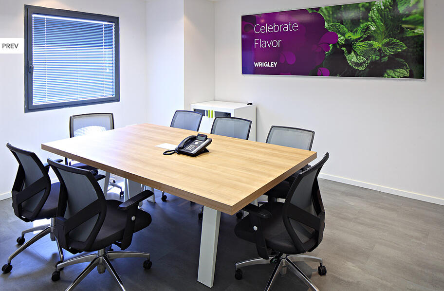 EagleSeating's office chair in Israel